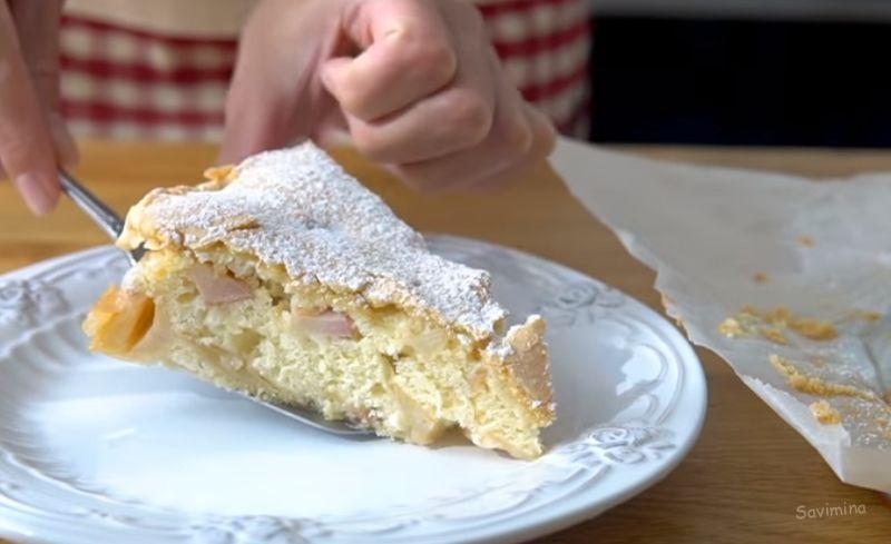 Как сделать шарлотку с яблоками в духовке