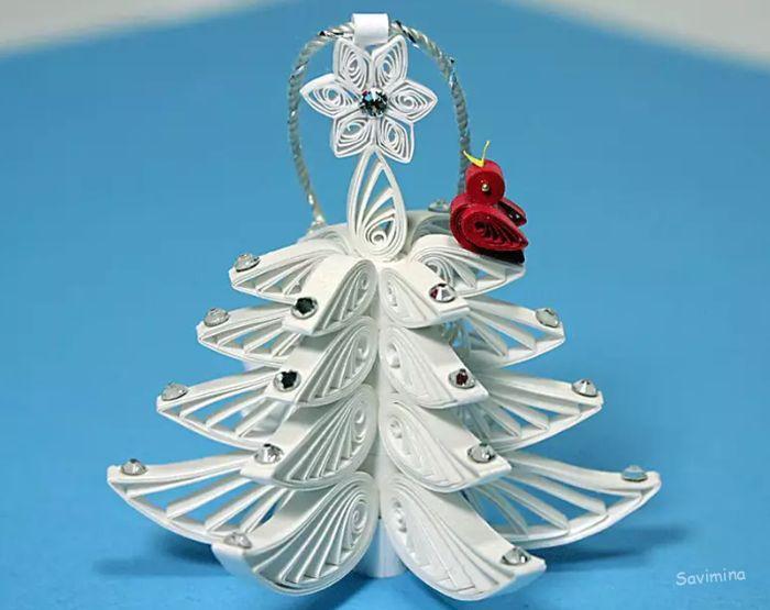 Новогодняя елка своими руками из подручных материалов в школу и детский сад